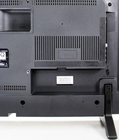 Các cổng kết nối phía sau của Tivi Led 39 inch Darling 39HD940T2